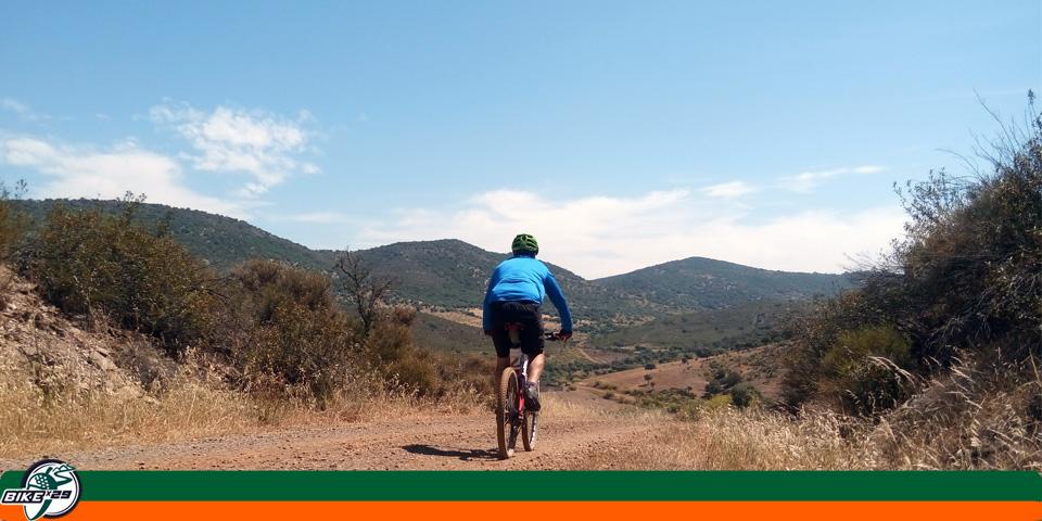 bikex29_ruta13_btt_cicloturismo_cumbres_de_san_bartolome_encinasola_gr48_caminos