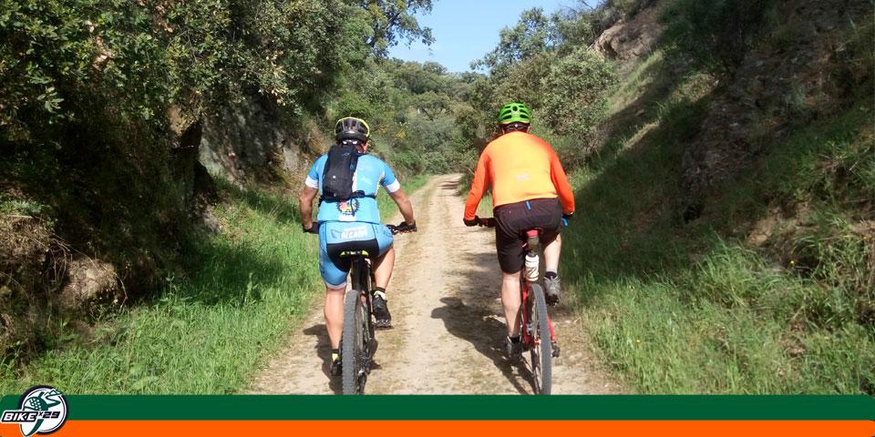 bikex29_ruta3_las_tres_provincias_cicloturismo_cala_santa_olalla_camino_via_verde