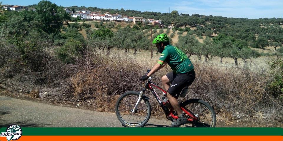 bikex29_ruta20_btt_cicloturismo_cumbresenmedio